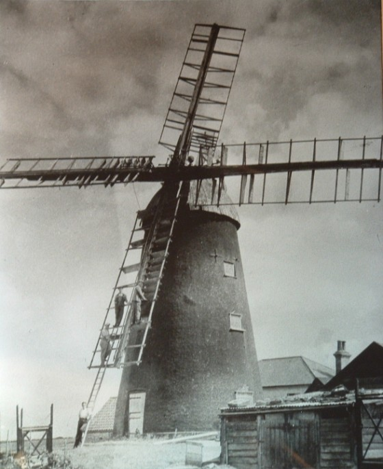 Picture of the mill in 1946
